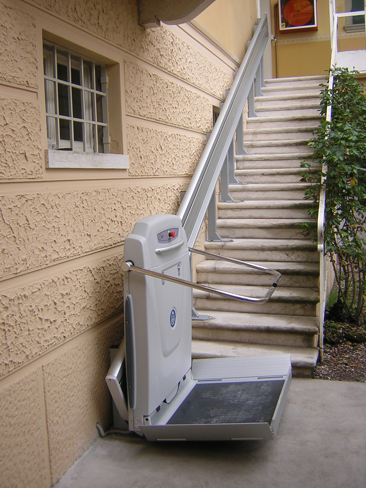 Straight Platform Stairlift European Platform and Stairlift